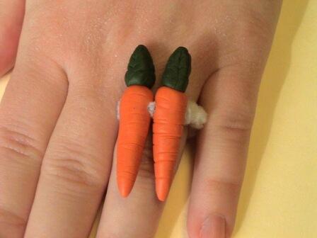 engagement ring funny 2 karat carrot big joke